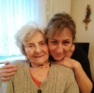 Frau Hedwig K. aus Wien mit ihrer ungarischen Betreuerin Eva S.