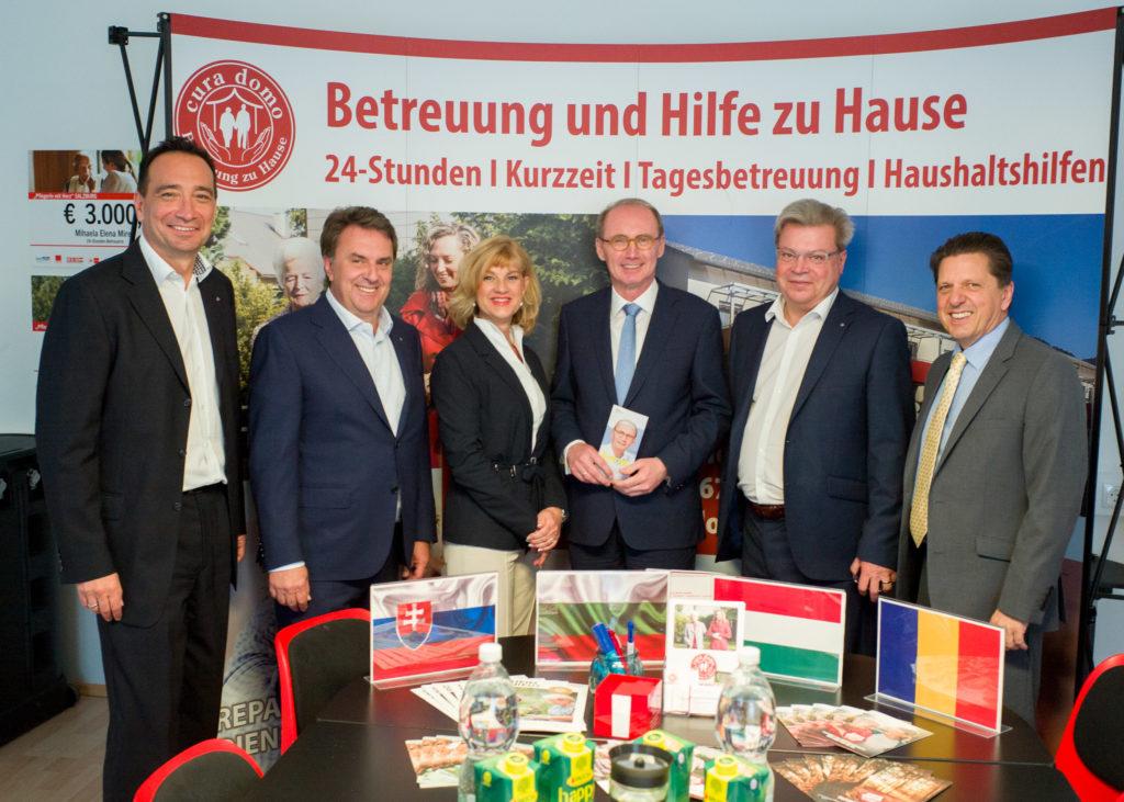 EU-Spitzenkandidat Othmar Karas besucht cura domo